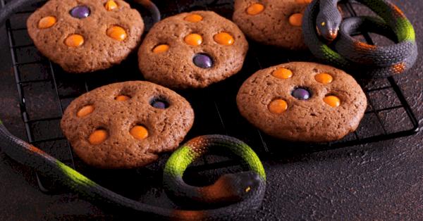 chocolate Halloween cookies