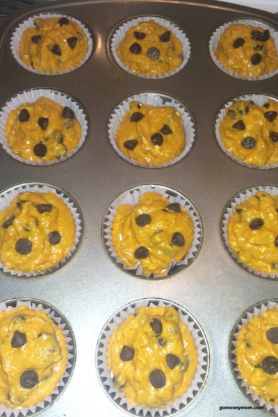 pumpkin chcolate chip muffin batter in muffin liners